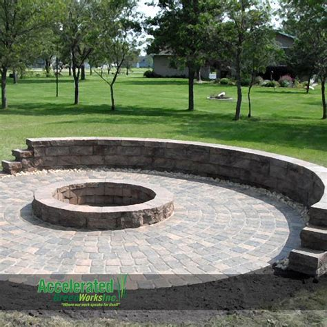 Classic cobblestone circle kit with a block fire ring and