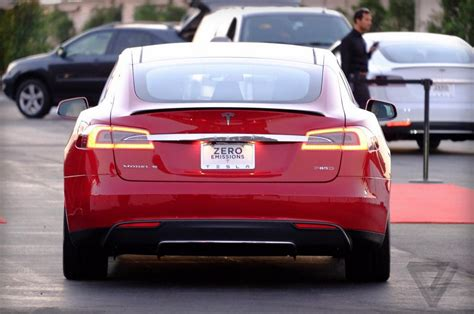 Tesla Model S P85D Specifications Revealed: Two Engines