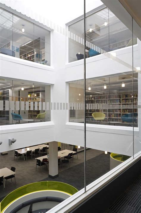 University of Stirling Library Building - e-architect