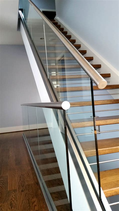 Modern Staircase | Artistic Stairs Canada