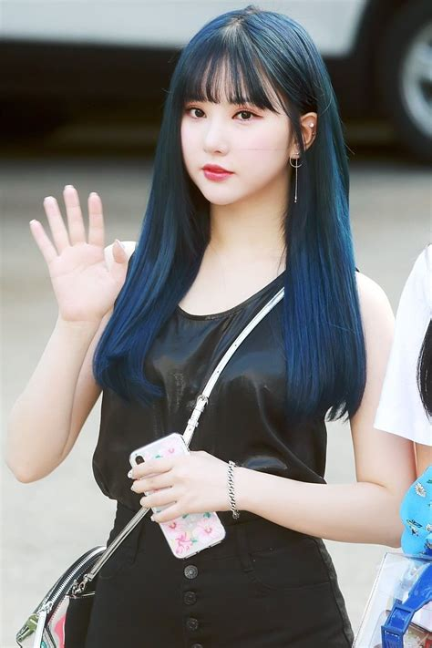 GFRIEND's Eunha Looks Flawless In 10+ Hairstyles And Here